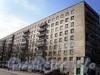 Большеохтинский пр., д. 10.жилой дом. Фрагмент фасада здания. Фото апрель 2009 г.
