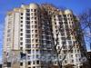 Большеохтинский пр., д. 16. Фрагмент фасада здания. Фото апрель 2009 г.