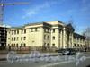 Большеохтинский пр., д. 18. Здание средней общеобразовательной школы №140. Общий вид здания. Фото апрель 2009 г.