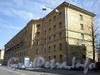 Большеохтинский пр., д. 35, корп. 1.жилой дом. Общий вид здания. Фото апрель 2009 г.