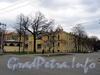 Большой пр. В.О., д. 12 / 4-я линия В.О., д. 1-3. Бывший литейный двор и мастерские Академии художеств. Общий вид. Фото май 2010 г.