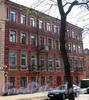 Клинский пр., д. 18 / Серпуховская ул., д. 20. Фасад по проспекту. Фото май 2010 г.