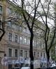 Клинский пр., д. 26 / Батайский пер., д. 2. Бывший доходный дом. Фасад по проспекту. Фото май 2010 г.