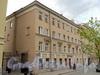 Малодетскосельский пр., д. 21 / Бронницкая ул., д. 27. Фасад левой части здания по проспекту. Фото май 2010 г.