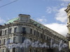 Невский пр., д. 64 / Караванная ул., д. 11. Надстройка мансарды. Фото 6 июня 2010 года.
