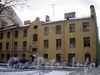 Константиновский пр., д. 3. Аварийное здание. Вид со двора. Фото декабрь 2009 г.