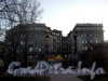 Вид дома от памятника Попову А.С.
