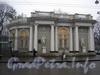 Павильон Росси в саду Аничкова Дворца. Вид с Невского проспекта.