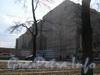 Лиговский пр. д.44,  брандмауэр доходного дома купца Перцова со стороны Московского вокзала. Фото 2005 г.