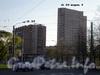 2-ой Муринский пр., д. 51 и д. 51 к. 1, общий вид зданий от площади Мужества. Фото 2008 г.