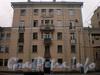 Среднеохтинский пр., д. 29, фрагмент фасада здания. Фото 2008 г.