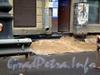Невский пр., д. 87. Ремонт тротуара и гидроизоляционные работы на фундаменте здания по Невскому проспекту. Фото октябрь 2008 г.