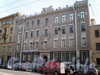 Суворовский пр., д. 57. Фасад здания. Апрель 2009 г.