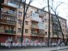 Бол. Сампсониевский пр., д. 98. Фрагмент фасада здания. Апрель 2009 г.