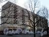 Пр. Космонавтов, д. 40, к. 1. Фасад здания. Фото апрель 2009 г.