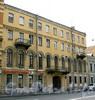 Рижский пр., д. 12 (левая часть). Бывший доходный дом. Фасад здания. Фото июль 2009 г.