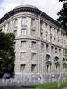 Большой пр., В.О., д. 31. Здание института высокомолекулярных соединений РАН. Угловая часть фасада. Фото август 2009 г.