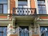Большой пр., В.О., д. 37. Доходный дом Брейтфуса. Балкон. Фото август 2009 г.