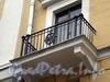 Большой пр., В.О., д. 42. Жилой дом. Решетка балкона. Фото октябрь 2009 г.