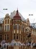 Большой пр., В.О., д. 46 / 16-я линия В.О., д. 13. Доходный дом Б. Б. Глазова. Фрагмент угловой части здания. Фото октябрь 2009 г.