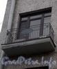 Большой пр., В.О., д. 50. Доходный дом Н. П. Демидова. Решетка балкона. Фото октябрь 2009 г.