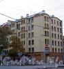 Большой пр., В.О., д. 52 / 18-я линия В.О., д. 15 (левая часть). Доходный дом Р. Э. Ведекина. Общий вид здания. Фото октябрь 2009 г.