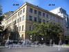 Большой пр., В.О., д. 59 / 17-я линия В.О., д. 14 (угловой корпус). Здание приюта лютеранской церкви св. Петра. Общий вид здания. Фото сентябрь 2009 г.