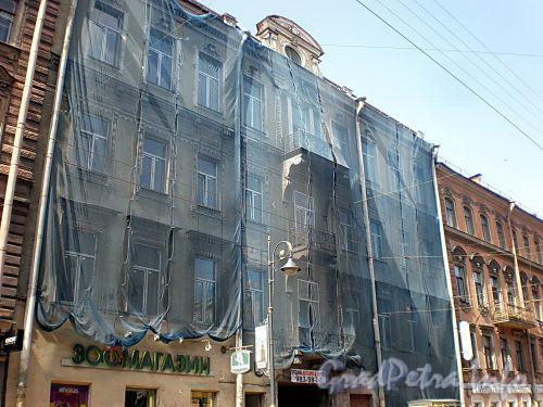 Владимирский пр., д. 5. Начало работ по реставриции. Фото август 2009 г.