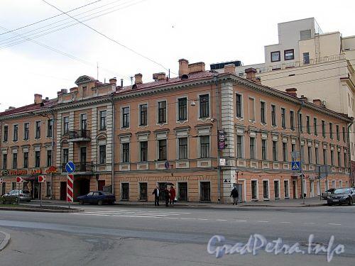 Малый пр. В.О., д. 3 / 3-я линия В.О., д. 60. Бывший доходный дом. Общий вид здания. Фото май 2010 г.