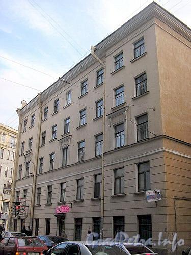 Особняк А.М. Опекушина. Фасад здания по ул. Профессора Попова.
