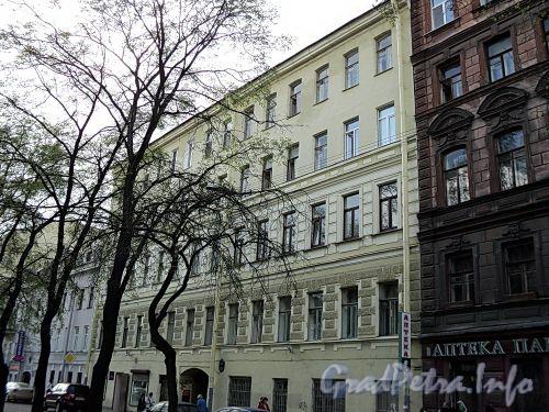 Клинский пр., д. 21. Фасад здания. Фото май 2010 г.