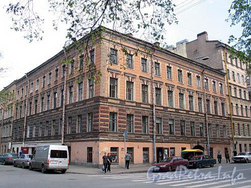 Клинский пр., д. 22 / Бронницкая ул., д. 18. Общий вид здания. Фото май 2010 г.