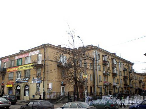 Удельный пр., д. 25. Вид с Елецкой улицы. Фото апрель 2010 г.