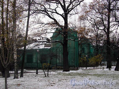 Каменноостровский пр., д. 60. Реконструкция здания. Фото начала 2000-х годов.