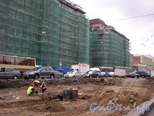 Лиговский пр. д.44, Реставрация фасада здания и реконструкция Лиговского проспекта. Фото 2007 г.
