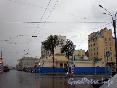 Лиговский пр., д. 153, вид на нечетную сторону Лиговского проспекта от наб. Обводного канала к Курской ул. Фото 2008 г.