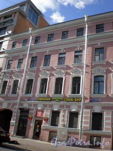 Невский пр., д. 131, общий вид здания. Фото 2008 г.