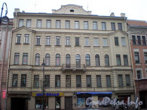 Каменноостровский пр., д. 6. Общий вид здания. Ноябрь 2008 г.