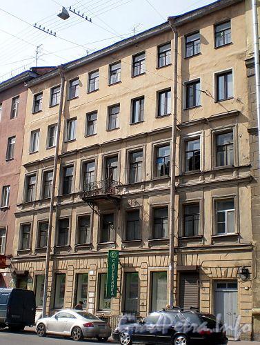 Измайловский пр., д. 23. Бывший доходный дом. Фасад здания. Фото апрель 2009 г.