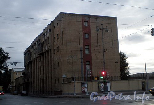 Московский пр., д. 85. Общий вид здания. Фото август 2008 г.
