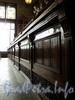 Невский пр., д. 56. Торговый зал «Елисеевского» гастронома. Прилавок. Фото февраль 2011 г.