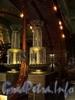 Невский пр., д. 56. Торговый зал «Елисеевского» гастронома. Жирандоль. Фото февраль 2011 г.