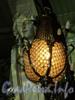 Невский пр., д. 56. Торговый зал «Елисеевского» гастронома. Плафон настенного светильника. Фото февраль 2011 г.