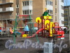 Витебский пр., д. 51, корпус 1. Детская площадка во дворе дома. Фото 2011 г.