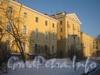 Вид от 162 дома на дом 158 (левое и правое крылья) и дом 156 (в центре) по пр. Стачек. Фото январь 2012 г.