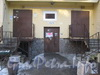 Ленинский пр., дом 95, корп. 2. Парадная. Фото февраль 2012 г.