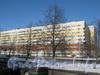 Пр. Ветеранов, дом 139, корп. 1. Общий вид со стороны дома 154. Фото февраль 2012 г.