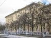 Пр. Стачек, дом 67, корп. 6. Общий вид со стороны трамвайной остановки напротив дома 7 по Кронштадтской ул. Фото март 2012 г.