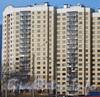 Ленинский пр., дом 74 корпус 1 литер А. Общий вид с пр. Кузнецова. Фото март 2012 г. (на предыдущем Фото дополнение - справа дом 67 корпус 2 по Ленинскому пр.)