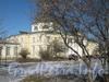 Пр. Стачек, дом 226. Здание детской художественной школы. Центральная часть. Фото март 2012 г.